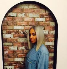 Wite-patinum-blonde-hair-downtown-hair-
